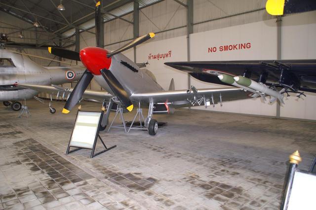 Supermarine+Spitfire+MK-24+Fourth+View.j